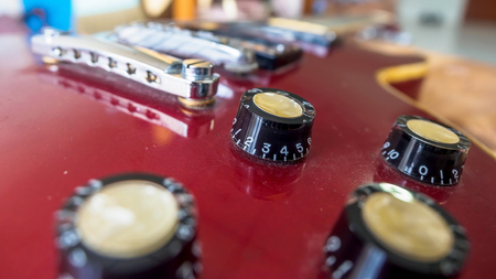 volume knob: Close up of electric guitar volume knob Stock Photo