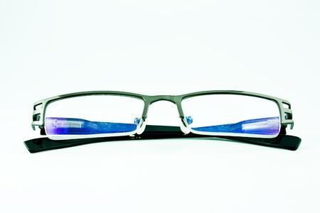reading glasses: eyeglasses