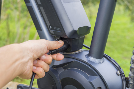 Charging the battery on modern Ebike
