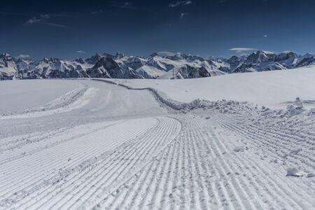 Allgäu im Winter, Panorama vom Skigebiet Nebelhorn Standard-Bild - 90153445