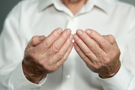mains pri�re: