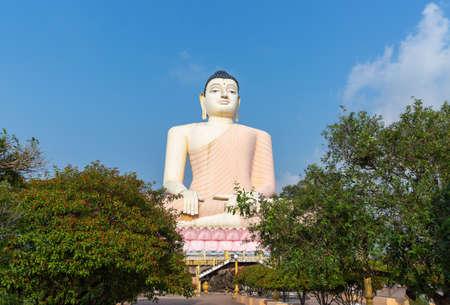 Great Buddha in Kande Vihara Temple, Sri Lanka Stockfoto