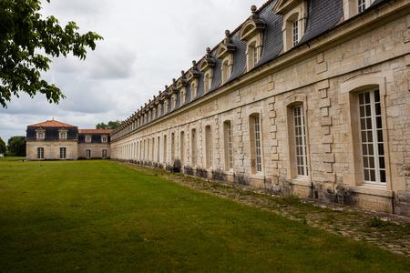 royale: Vista parcial del monumento hist�rico royale corderie en la ciudad de Rochefort Charente regi�n mar�tima de Francia Editorial