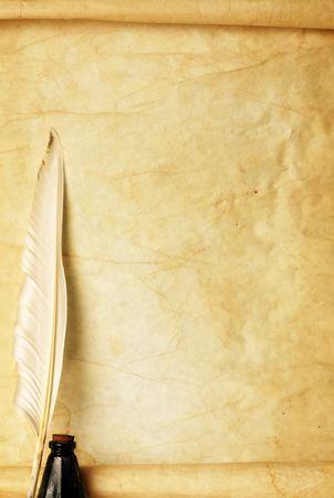 pluma de escribir antigua: Papel, pluma y tinta Foto de archivo
