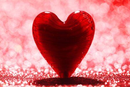 shiny background: Shiny red heart background