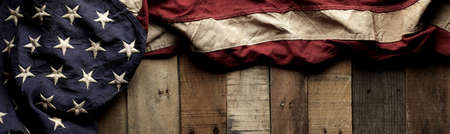 Vintage red, white, and blue American flag for Memorial day or Veteran's day background 版權商用圖片