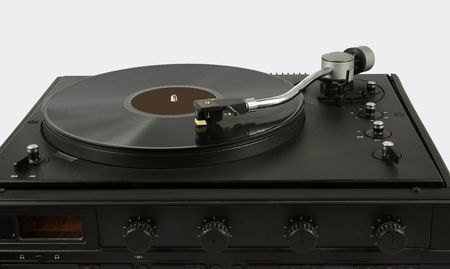 twentieth: record player of  plates higher class end of the twentieth age