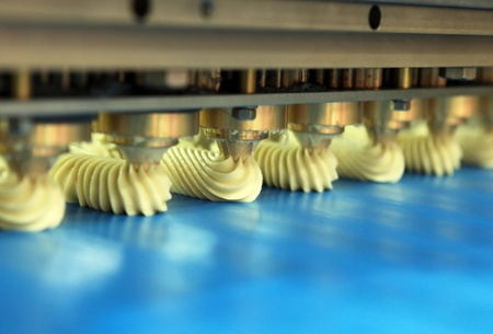 Formation of rich cookies by the special machine photo