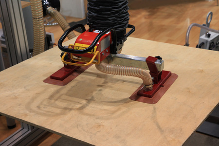 suction: robot with suction plates for moving plywood