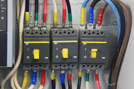 200 Amp Circuit Breaker three phase. Circuit breaker used on items such as a residential electric motors, pumps and other power equipment. Imagens