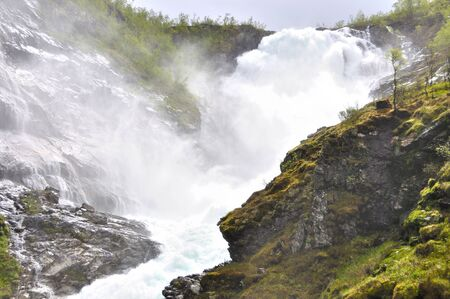 The Kjosfossen waterfall seen from the famous flam train in Norway Banque d'images