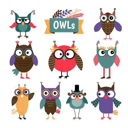 owl illustration: Owl coloured icons set. Different colours cute owls with glasses. Vector illustration Illustration