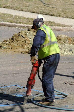 Pre�lufthammer: Arbeitnehmer mit einem jackhammer. Lizenzfreie Bilder