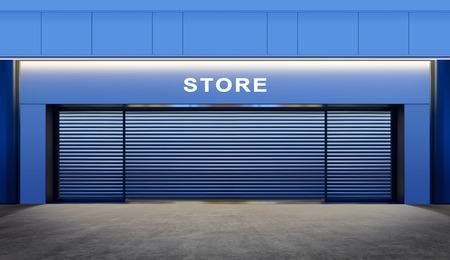 magasin vide moderne avec des portes de volets roulants dans la rue au moment de la nuit