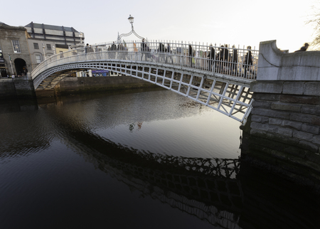 liffey: Historical bridge on Liffey river, Dublin