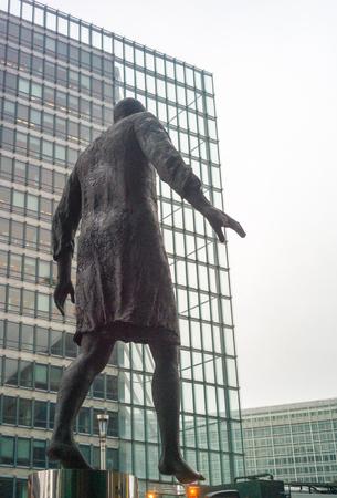 congressional: Statue in ONU area, Bruxelles