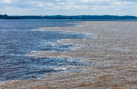 rio amazonas: Negro y el encuentro de aguas blancas, R�o Amazonas, Brasil