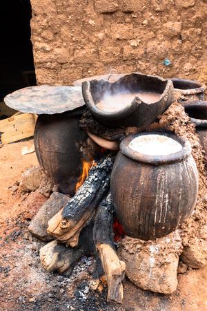 burkina faso: Cooking the millet beer, Bobo-Dioulasso, Burkina Faso