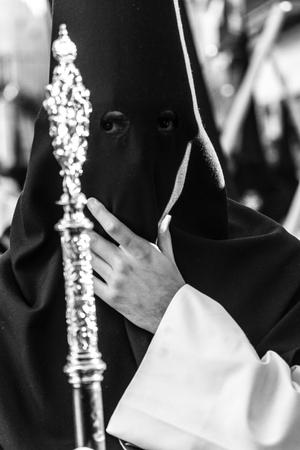 viernes santo: Abril de 2010, Sevilla, España. procesión de Viernes Santo en la fiesta Pascua
