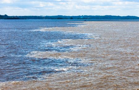 rio amazonas: encuentro de blanco y negro, R�o Amazonas, Brasil