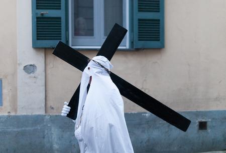 viernes santo: Abril de 2014, Procida, N�poles, Italia. procesi�n de Viernes Santo en la fiesta Pascua,