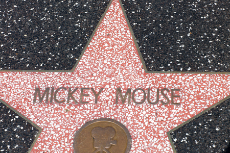 Los Angeles Agosto 10,2010 The Hollywood walking of fame, Archivio Fotografico - 93730031