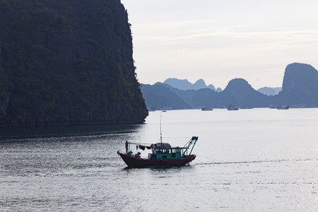 Halong bay in Vietnam.    Site.