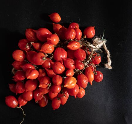 Tomatoes of Vesuvius joint in Piennolo, Naples Фото со стока - 134298890