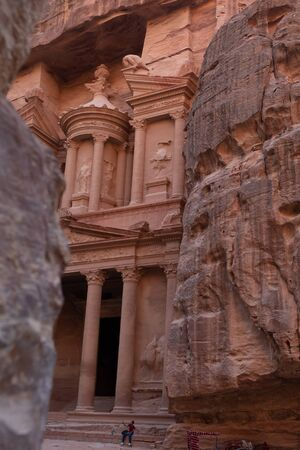 View from Siq on entrance of City of Petra, Jordan Stok Fotoğraf