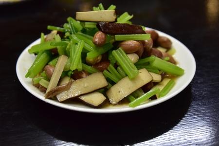 bean curd: bean curd with peanuts