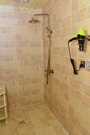 room: Shower room