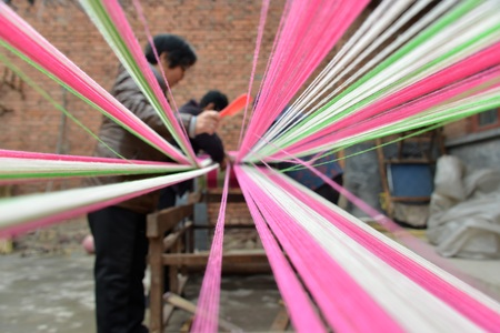 preparatory: Chinese traditional hand woven fabrics