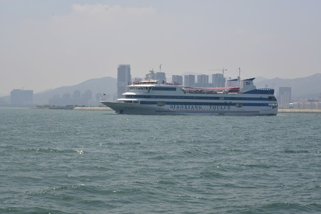 Cruise ship spotted nearby Liugong Island