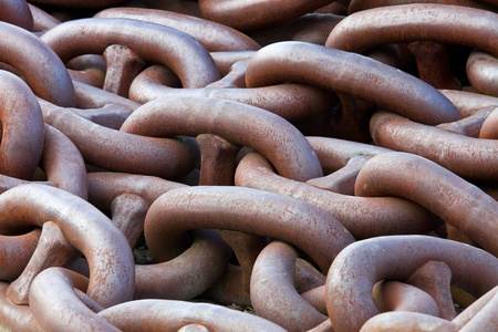 large rusty metal chains for the utilization in industry