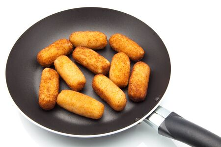 croquettes: Fry croquettes stuffed with meat
