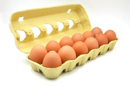 dozijn eieren in de doos