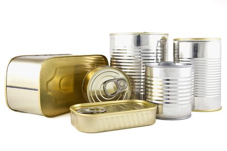 Alimentos enlatados en latas de metal Foto de archivo - 28931635
