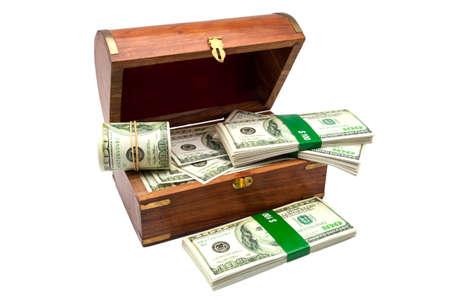 cofre del tesoro: pecho del tesoro lleno de billetes