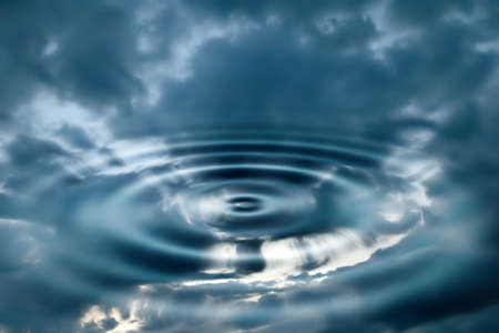 Niebo i woda streszczenie