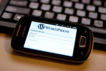 Zagrzeb, Chorwacja - 25 czerwca 2012: Android inteligentny telefon wyświetlając WordPress Mobile App dla telefonów administracji stron internetowych WordPress Publikacyjne