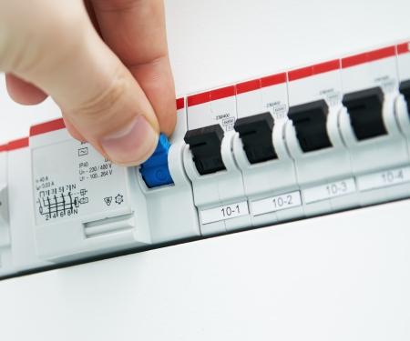 electricista: Control de fusibles Foto de archivo
