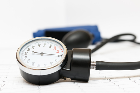 sphygmomanometer: Sphygmomanometer on the cardiogram