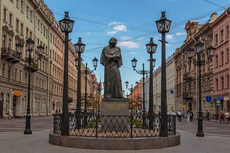 malaya: SAINT-PETERSBURG, RUSSIA 2015: The Monument To N.V. Gogol on Malaya Konyushennaya street. St. Petersburg Editorial