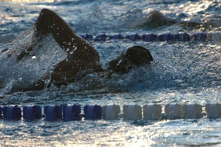 victor: Silhouette swimmer