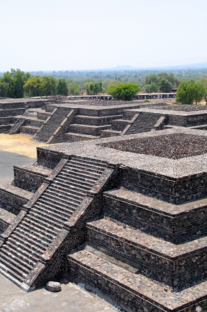 architectural style: Platform along the Avenue of the Dead showing the talud-tablero architectural style  Teotihuacan City, Mexico Stock Photo