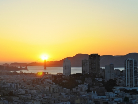 Sunset in Downtown San Francisco, US Stock Photo - 17805352