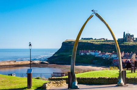 Whitby, North Yorkshire, UK - October 12, 2014: View of The whale bones, Whitby town symbol with abbey in background in North Yorshire, UK Éditoriale