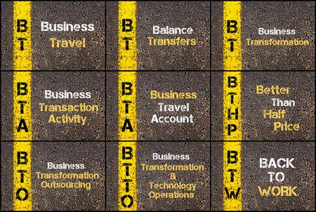 Fotocollage van zakelijke acroniemen geschreven over wegmarkering gele verflijn. BT, BTA, BTHP, BTO, BTTO, BTW