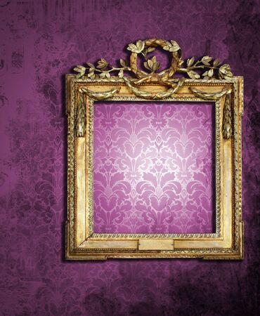 golden frame on grunge wall Stock Photo - 6619515