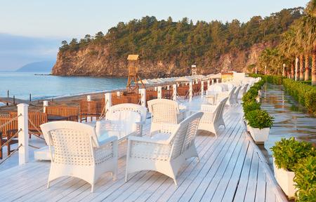 걷고 및 스포츠 Alanya 터키에서 아름 다운 제방.